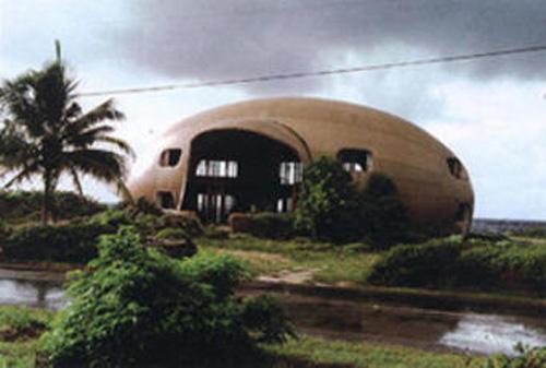 tacita_dean_bubble_house.jpg